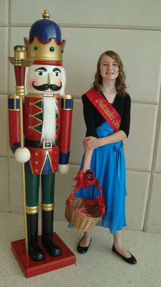Nutcracker & Washington 373
